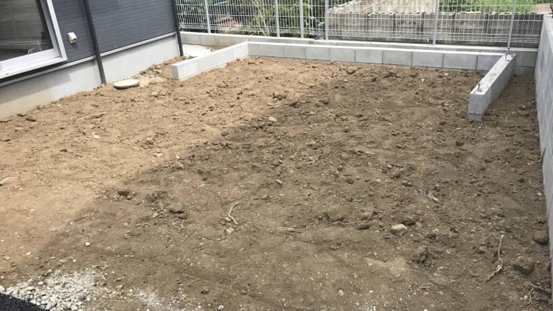 外構工事、庭の片づけ